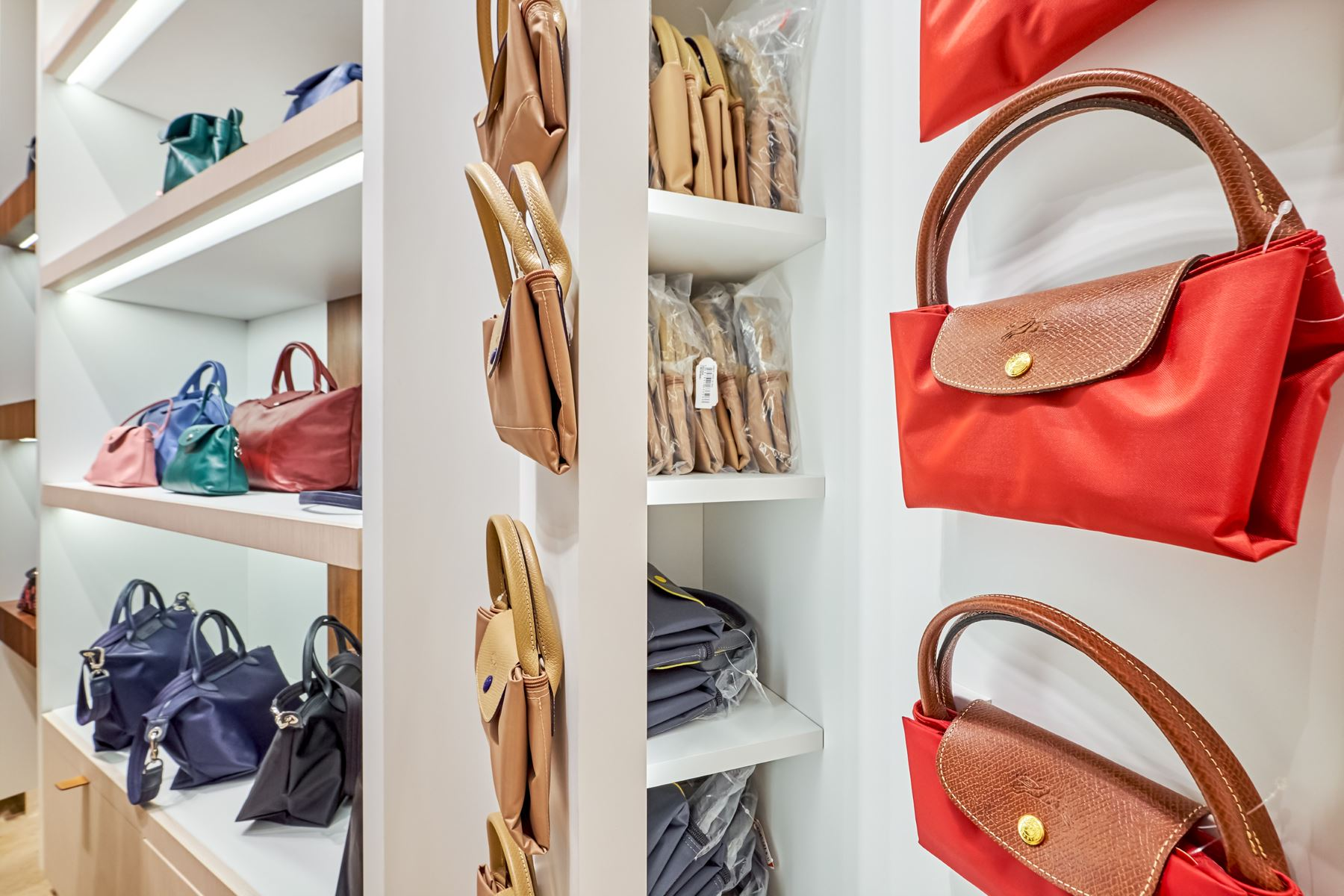 Longchamp-Brands-4